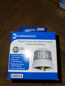 NEW INTERMATIC LC4521LA Photo Control W/ Spark Arrester Twist Lock 120VAC (1B)