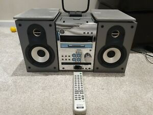 Sony Minidisc player Hifi CMT-J3MD CD/TAPE/RADIO fully working with Remote