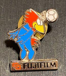 FRANCE 1998 WORLD CUP SOCCER - FUJIFILM SPONSOR PIN