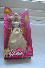 Barbie Best Wishes Noël 2011 Holiday doll X4869 rare gold robe Entièrement neuf dans sa boîte