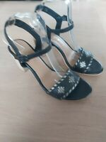 Ravel Women Black Leather Sandals woven front  shoes  UK 6 NEW