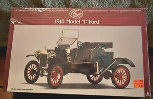 "Lindberg #6603 1/16 Scale 1910 Model ""T"" Ford Plastic Kit - MIB"