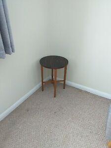 Poul hundevad table