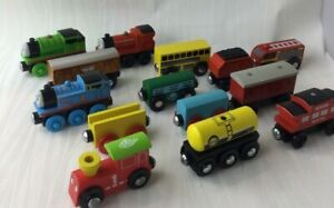 Wooden Trains Railway Vehicles Thomas & Friends Various Brands USED 14 Pc V321