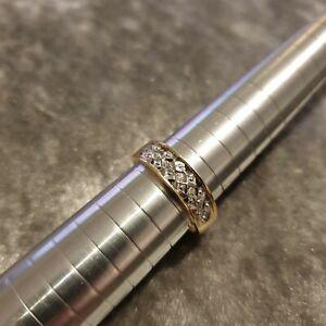 9ct Yellow gold ring - diamond -  UK size O