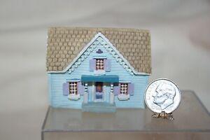 Miniature Dollhouse Childs Toy Faux Dollhouse PRETTY Blue 1:12 NR