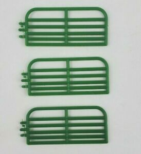 1/64 Standi 10' Cattle gate lot of 3 pieces custom farm display Green