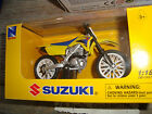 MOTO MINIATURE SUZUKI RM Z 450 (2007) NEUVE EN BOITE NEW RAY 1/18° POT NOIR