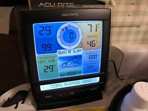 AcuRite Pro Weather Station Display Model 06016 and 5-in-1 Outdoor Sensor Set