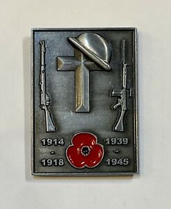 Collectable Military Soldier Remember Day Lapel Pin Badge