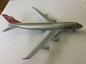 GeminiJets  Northwest  B747-400  N676NW  GJNWA406  1:400 Scale Diecast Model