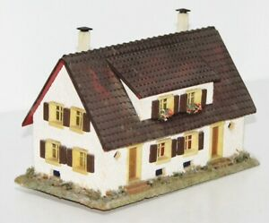 Faller H0 254 Doppelhaus mit Gauben aus Holz / Holzhaus 50iger Jahre HK4323