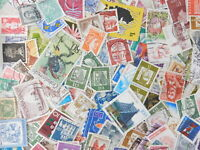 STAMP WORLD WIDE 1000 pc lot off paper kiloware philatelic collection used