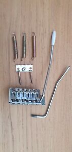 Squier By Fender Stratocaster Strat Affinity Bridge and Tremelo