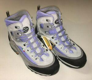 Zamberlan Women's Valles Hiking Boots, Size 7.5