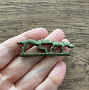 ROMAN. HOUND CHASING HARE. FOLDING KNIFE HANDLE, 1ST-2ND CENTURY A.D.