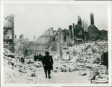 1914 World War I Ruins and Devastation in Arras Original News Service Photo