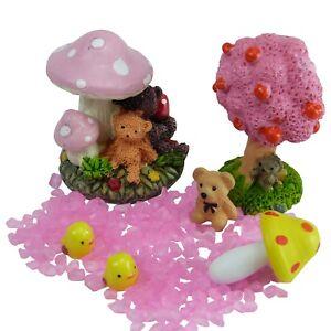 Miniature Toadstools & Teddies Fairy Garden Set by Mowbray Miniatures (7 pcs)