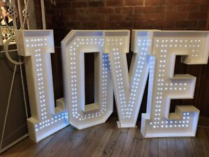 Large wedding 4ft Love Letters *** FOR SALE ***