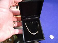 "GORGEOUS 10K YELLOW GOLD NECKLACE WITH FIXED ""V"" PENDANT - TANZANITE & DIAMONDS"
