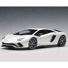 Autoart Lamborghini Aventador S 1:18 Balloon White / Pearl White 79131