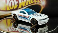 Hot Wheels Ford Mustang Gt Concept Sheriff Car White Diecast Mattel #64