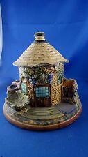 ancien pot a tabac porte pipe barbotine epoque 1900 M forme de maison forestiere