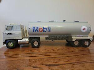 "Large Vintage Ertl Mobil Gas Oil Tanker Pressed Steel Semi Tractor Trailer 16.5"""