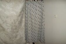 St Johns Bay size M petite gray/floral elastic waist knit skirt