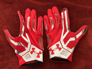 New Under Armour Football Reciever Gloves LG