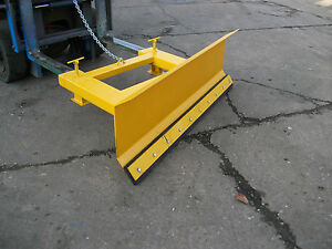 Forklift attachment /Snow Plough/ Material Pushing Blade