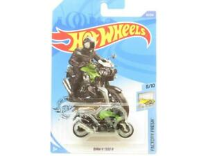 Hot Wheels BMW K 1300 R Green 65/250 Long Card 1 64 Scale Sealed New
