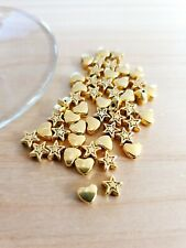 Herzen + Sterne Perlenset zum Basteln/Schmuckherstellung 50 x Beads Deko Gold