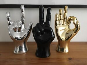 CERAMIC HAND ORNAMENT SCULPTURE PEACE OK ROCK ON SIGN GOLD SILVER BLACK 22cm NEW