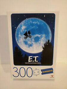 300 PIECE E.T. THE EXTRA-TERRESTRIAL MOVIE POSTER Jigsaw Puzzle Blockbuster