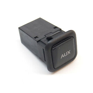 ORIGINAL Audi AUX-IN Buchse A1 A3 A4 A5 A6 A7 Q3 Q5 TT R8 RS3 RS4 RS5 8J0035475