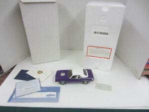 Franklin Mint 1970 PLYMOUTH HEMI CUDA 1:24 Die-Cast B11WZ60 Purple w/Box & COA