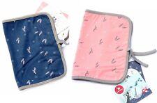 Protège carnet de santé coton bio imprimé fond rose ou bleu La Queue du chat