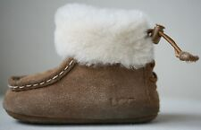 Botas Ugg Australia Chestnut Brown Boo EU 18 UK 2 nos 2/3