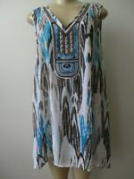 TYLE&CO MULTI-COLOR GEOMETRIC DESIGN EMBELLISHED SLEEVELESS TOP SIZE L - NEW