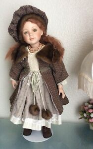 Vintage Doll Show Stoppers 25 in /Stand Limited 62/2500 Collectible