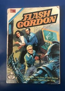 Buster Crabbe - Flash Gordon Comic - Inscribed by Buster Crabbe - Rare!