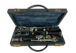 Vintage  C.G. CG Conn Elkhart Indiana Clarinet 424N B321900L