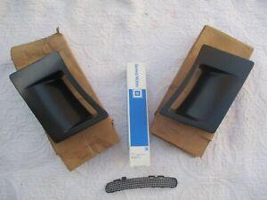 NOS 85-90 Firebird Trans Am fender hot air extractor scoops + screen fits 82-92