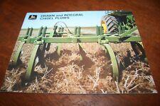 John Deere Drawn and Integral Chisel Plows Brochure w/ 5020 4020 1969!