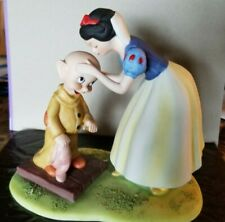 Walt Disney Production Ceramic Porcelain Figurine Snow White and Dopey