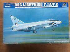 KIT modello Trumpeter AEREO DA CACCIA 1/72 01634 BAC LIGHTNING F.1A/F.2 Militare