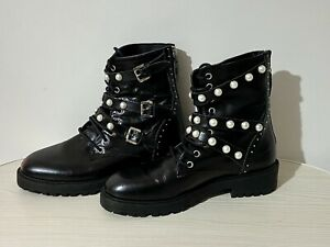 Ziera 38 AU 7 Women's Black Leather Boots Pearl Detail Laces Back Silver Zip