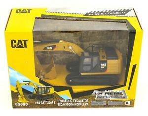 1:64 DIECAST MASTERS CATERPILLAR CAT Model 320F L Hydraulic Excavator *NIB*