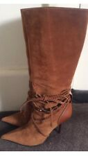 Authentic Gucci tall,pull on,suede boots,in camel colour,s.37